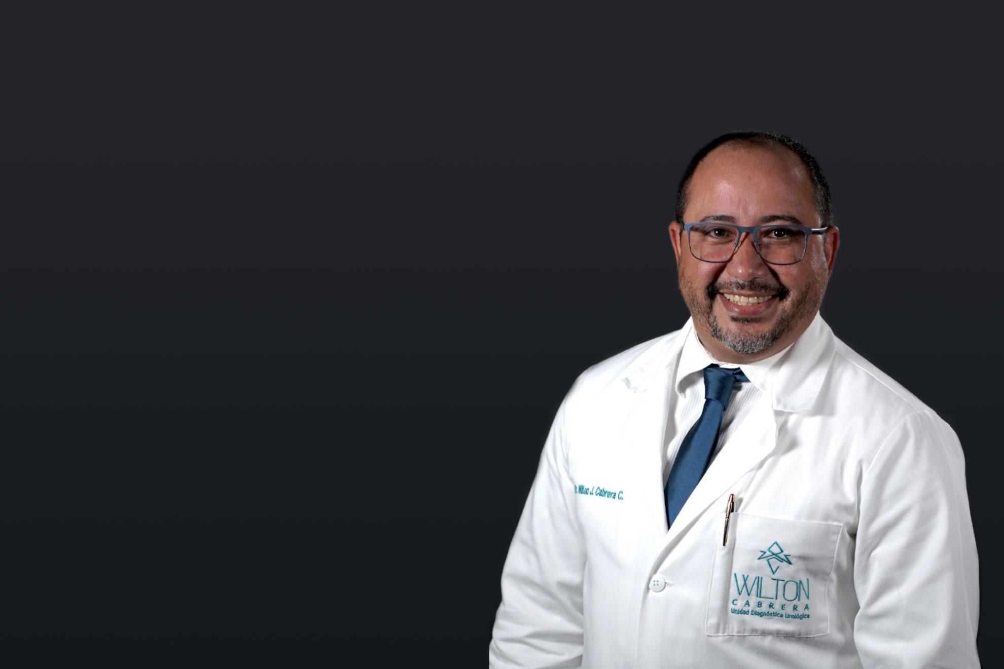 Con experiencia en cirugía mini-invasiva